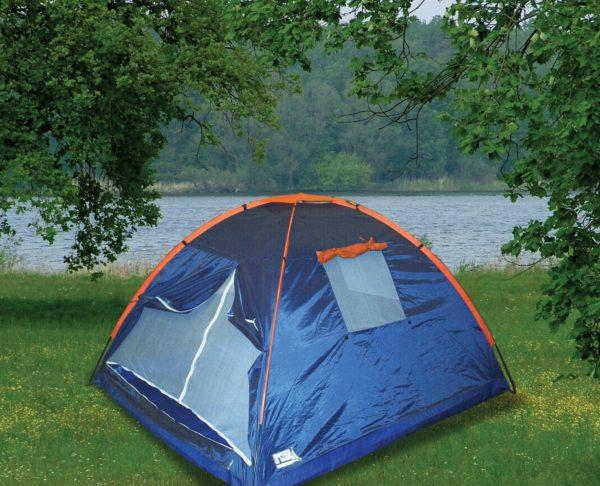 אוהל לטיולים בטבע
